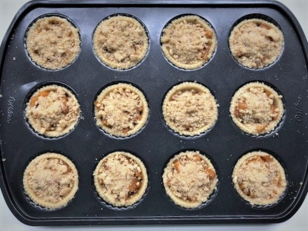 caramel apple tarts with crumb topping
