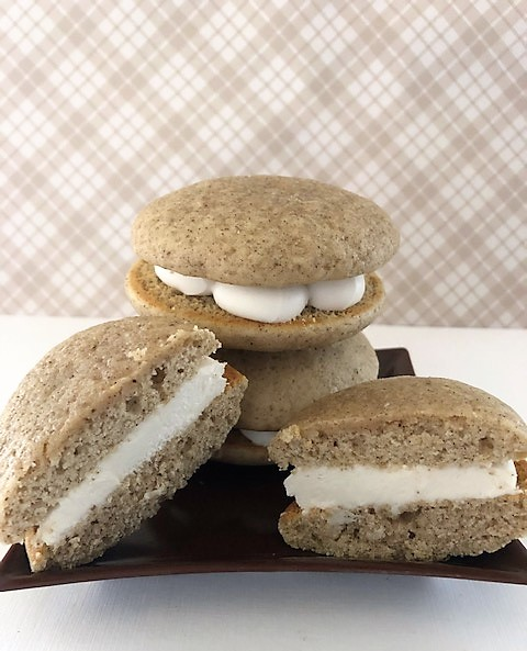 Spice whoopie pies on a plate