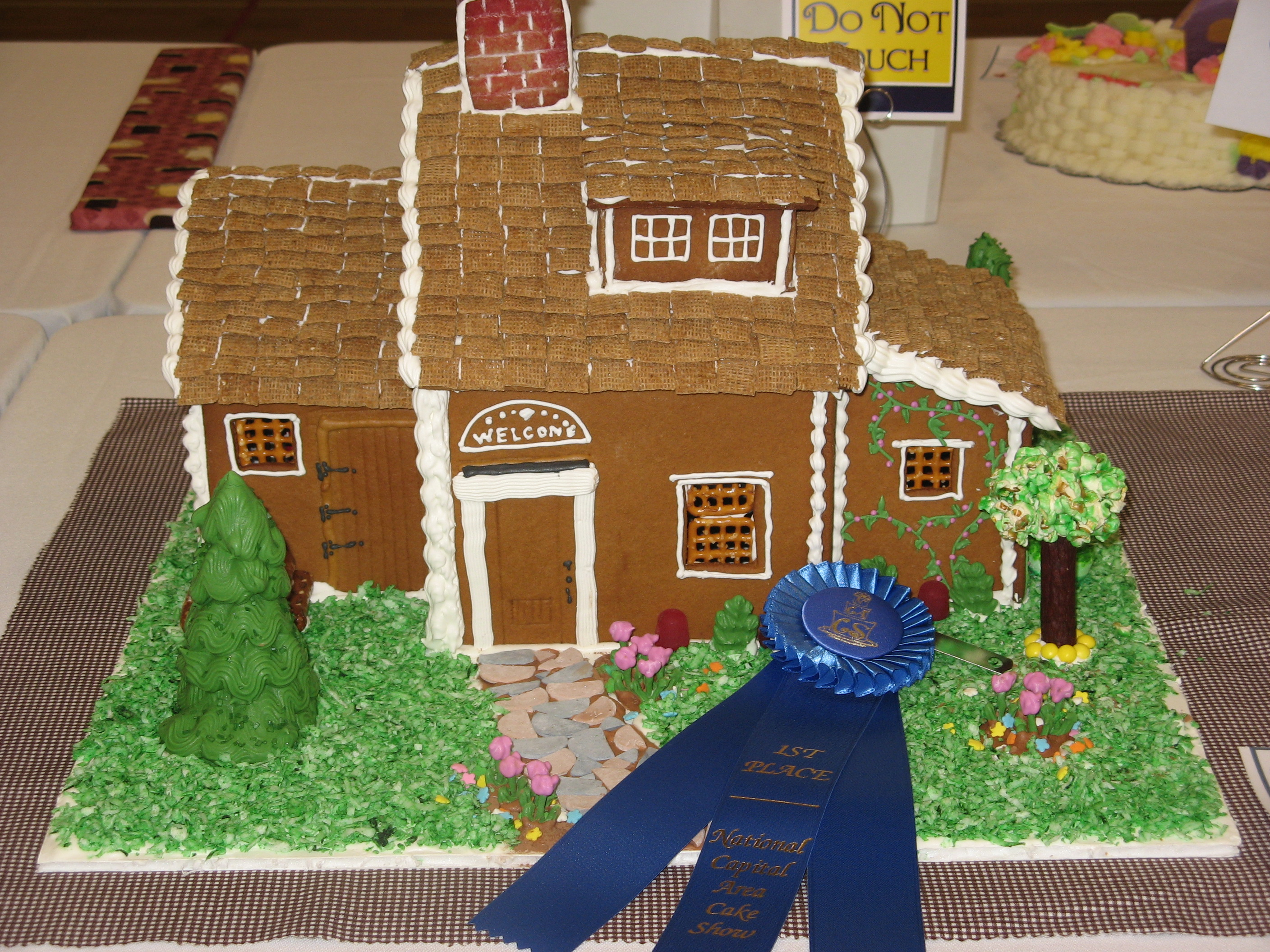 Country House Gingerbread House