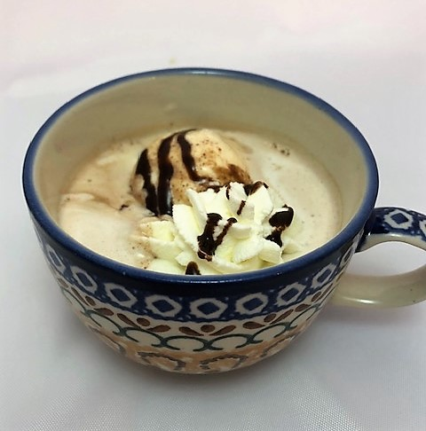 Creamed hot chocolatte in a cup