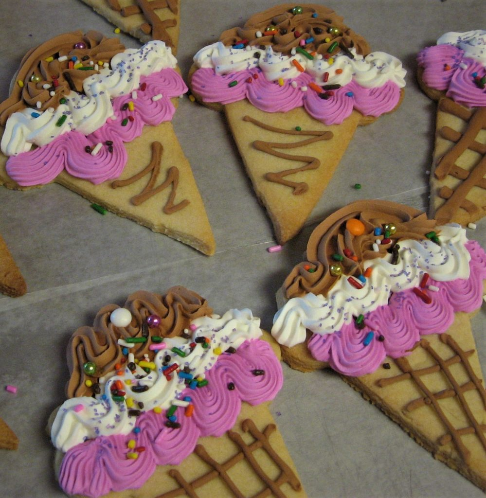 Large Ice Cream Cone Cookies