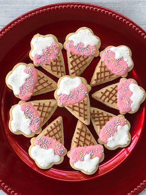 ice cream cone cookies on a platter