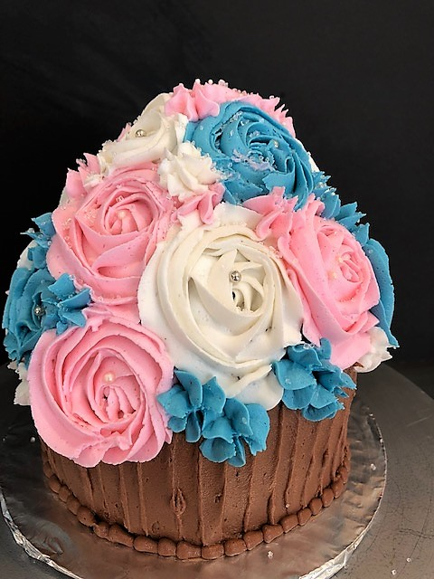 large pastel cupcake cake finished