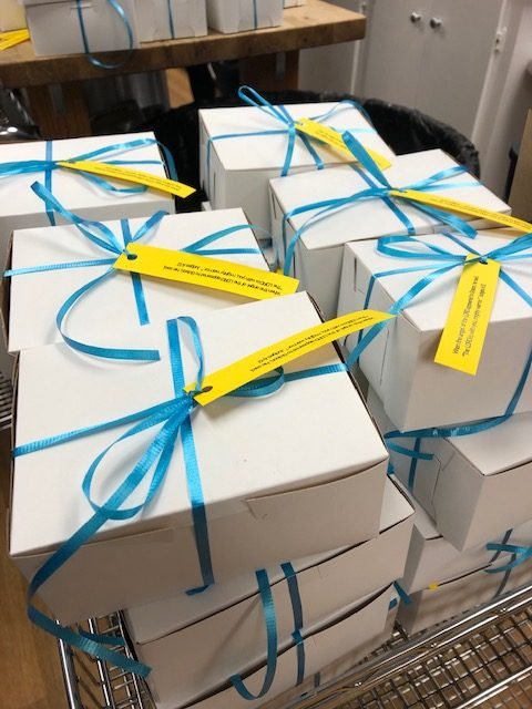 packaged cookie boxes