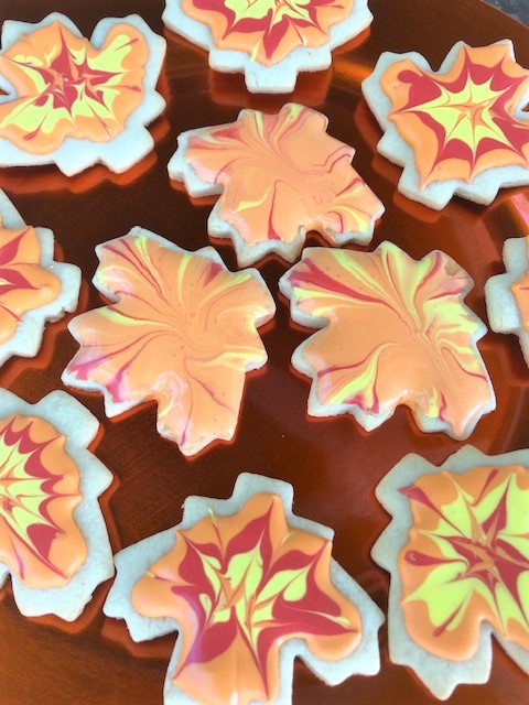 fall leaf decorated cookies