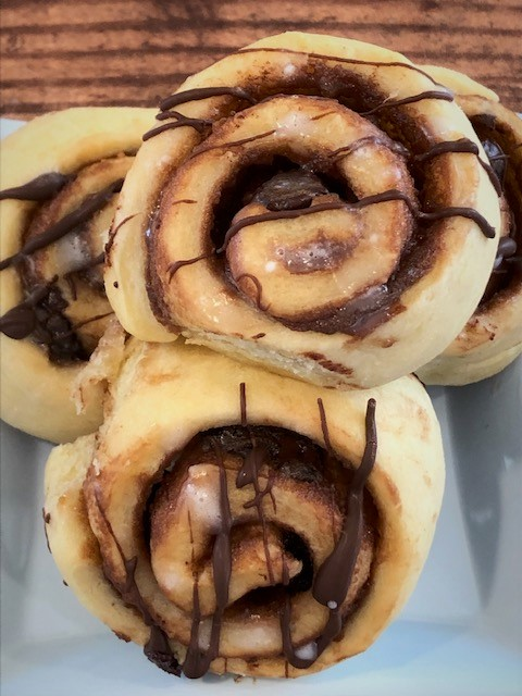 chocolate cream breakfast rolls