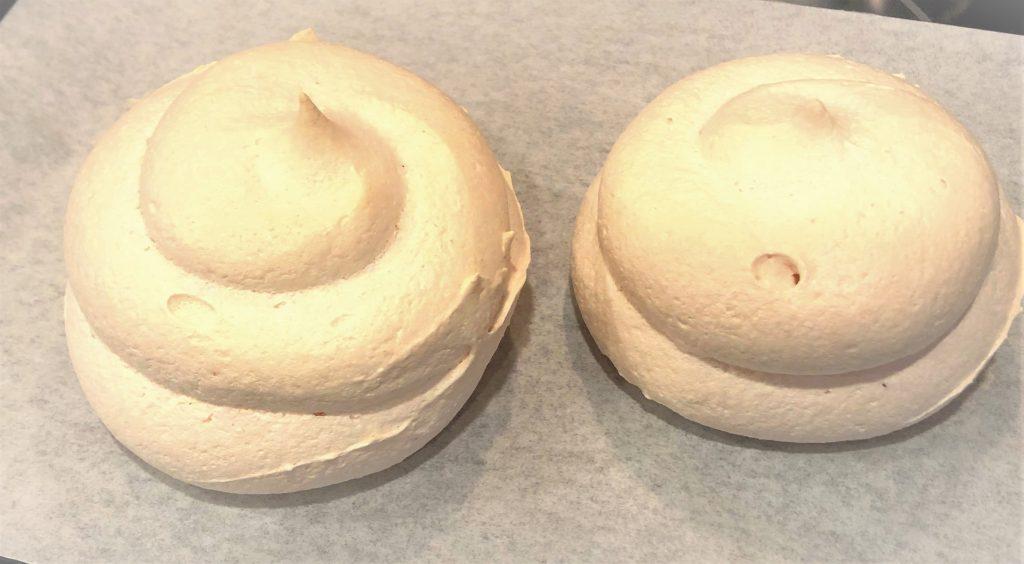 Cooled mini pavlovas