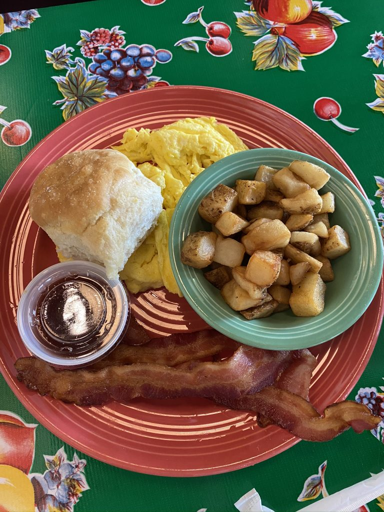 country breakfast with potatoes