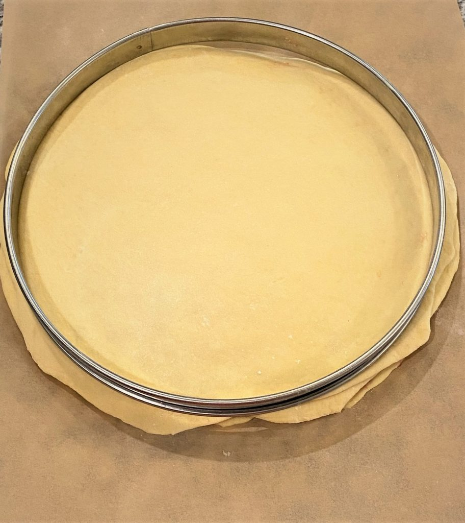 """cutting a perfect 10"""" round dough layers"""