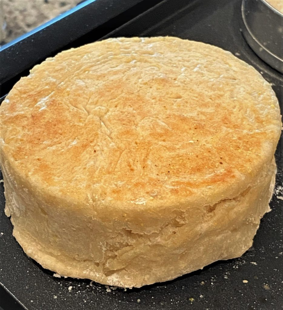 cooked english muffin jumbo