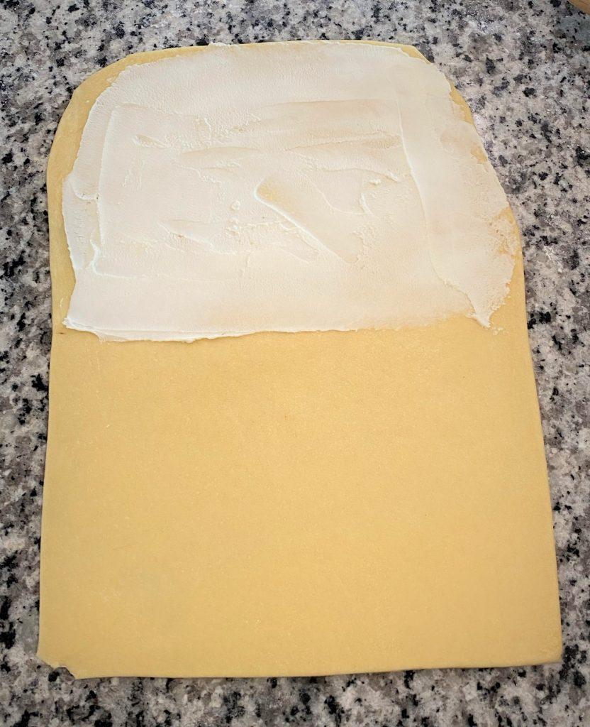 dough with mascarpone cheese